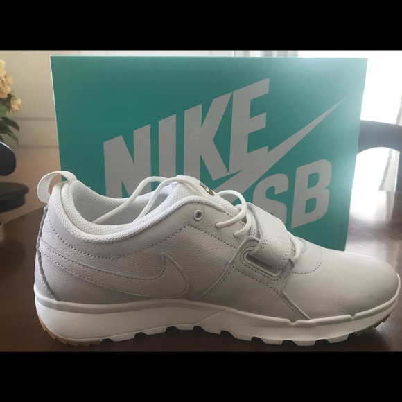 best loved 96d40 844b2 Nike SB Trainerendor Premium White White Gum